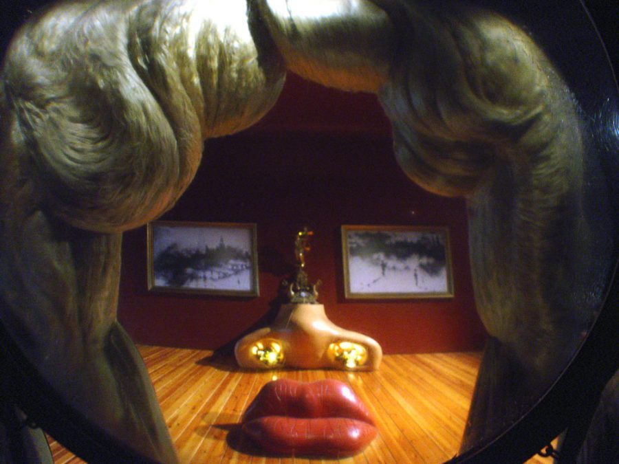 Figueres Dali Museum Mae West Room