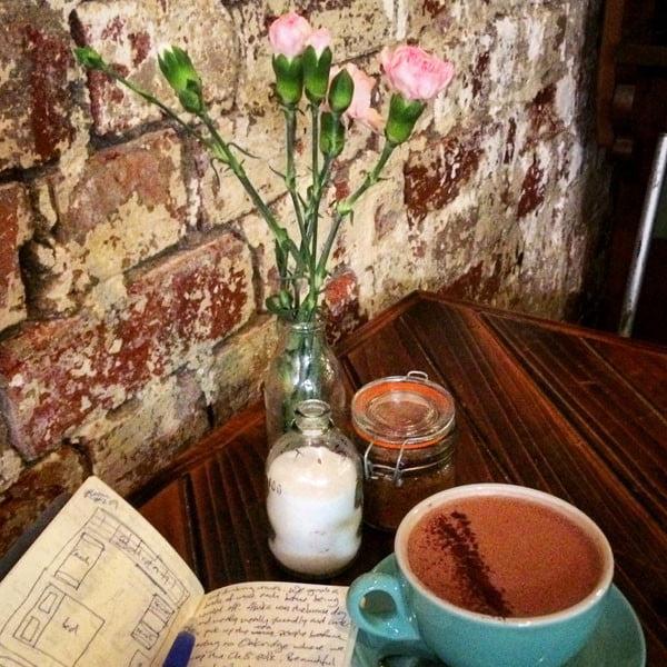 Melbourne Krimper Cafe Table