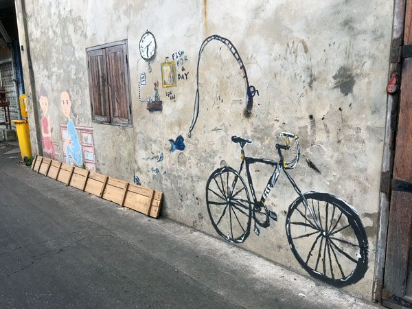 Bangkok Street Art Soi Wanit Bicycle