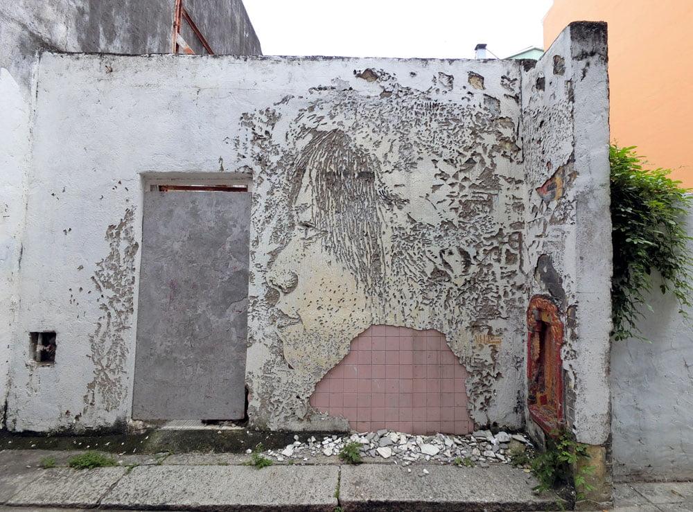 Macao Street Art Taipa Vhils Clerigos