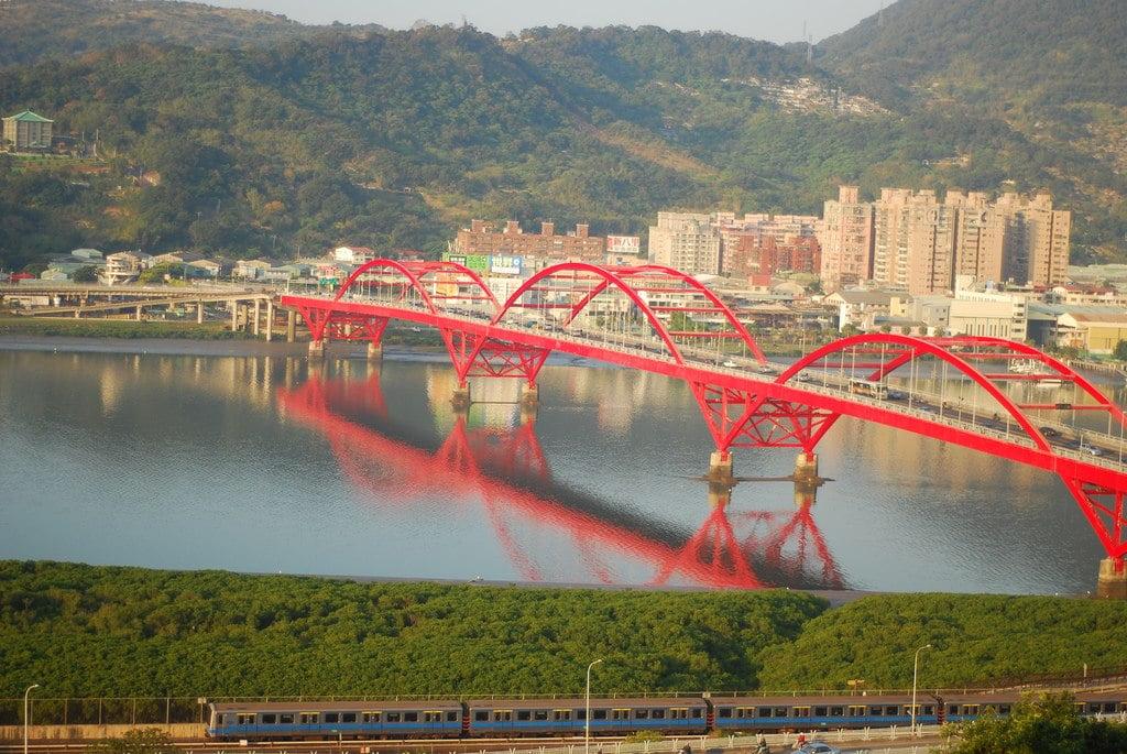 Taipei Guandu Bridge Eshium
